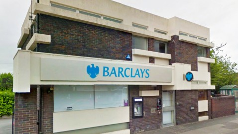 Former High Street bank could become new restaurant or retail space